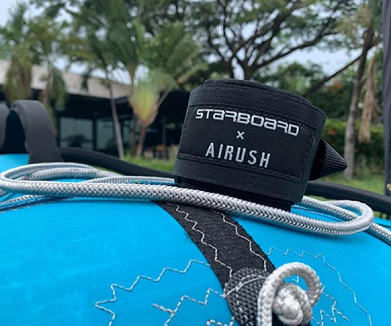 Starboard Free Wing Air Blau die Leash